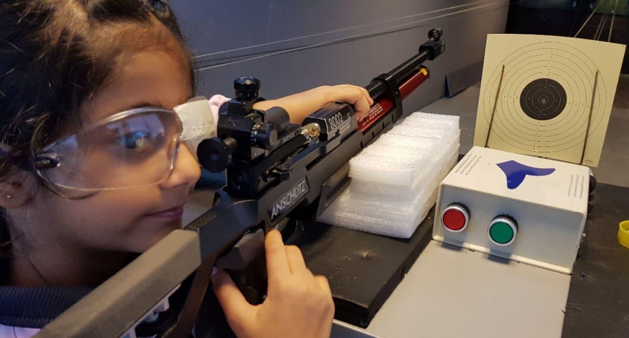 تیراندازی آرمیکا ۷ ساله